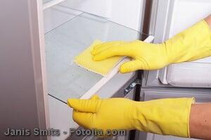 Kühlschrank reinigen – Anleitung, Tipps und Hilfsmittel