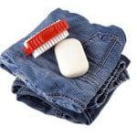 Jeans mit Fleck Handwäsche