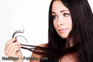Hausmittel gegen trockene Haare – was hilft?