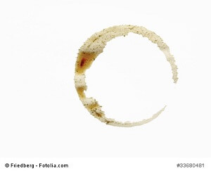 Kaffeeflecken entfernen – Anleitung, Tipps und Hilfsmittel