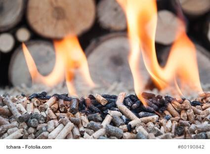Im Winter mit Holzpellets heizen