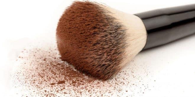 Paint it clean: Make-up-Pinsel reinigen