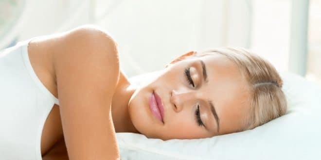 Gesunder Schlaf mit dem richtigen Kopfkissen