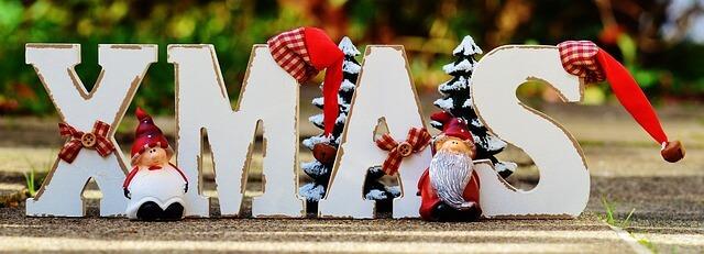10 Themenvorschläge, was in einer persönlich verfassten Weihnachtskarte stehen kann