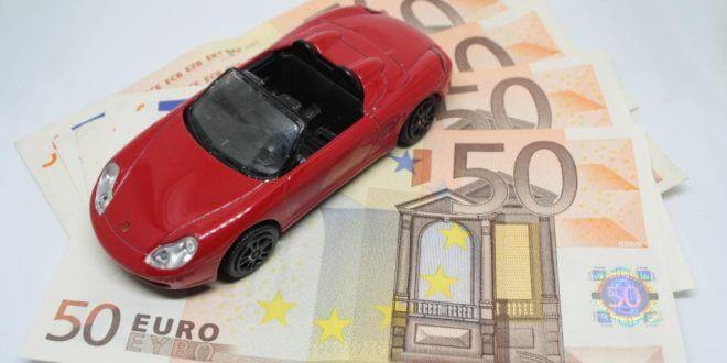 Kfz-Versicherung: So können junge Fahrer sparen