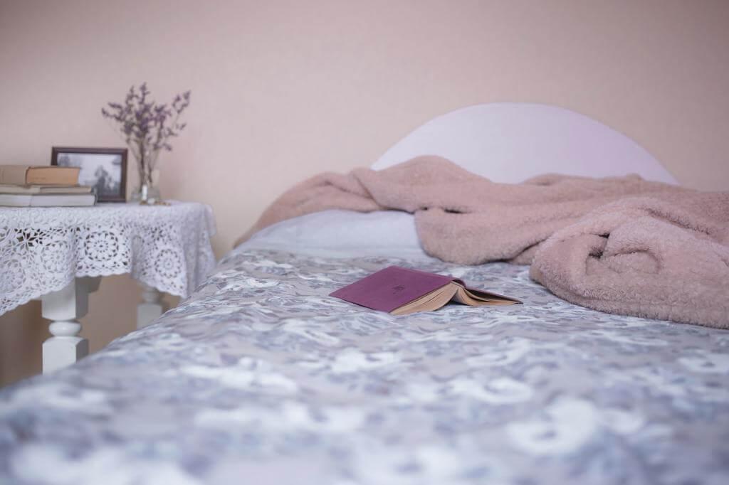 Gut und gesund in schöner Bettwäsche schlafen