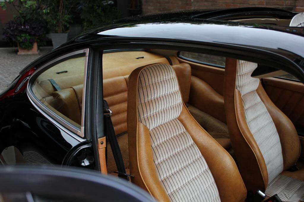 Auf der Suche nach dem Abenteuer: hochmotorisierte Luxuswagen mieten