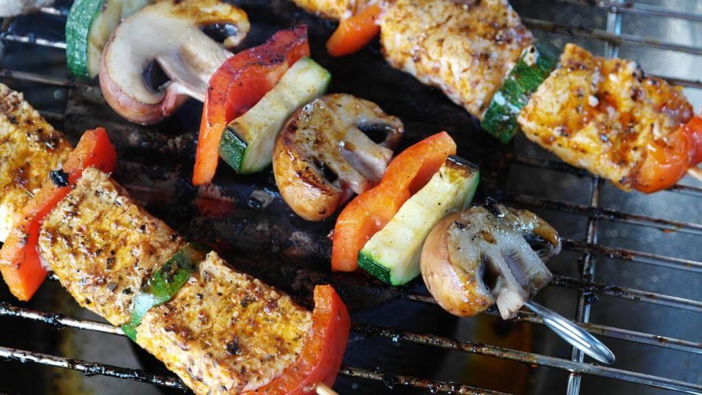 Mit diesen 10 Grilltipps wird das nächste BBQ ein voller Erfolg