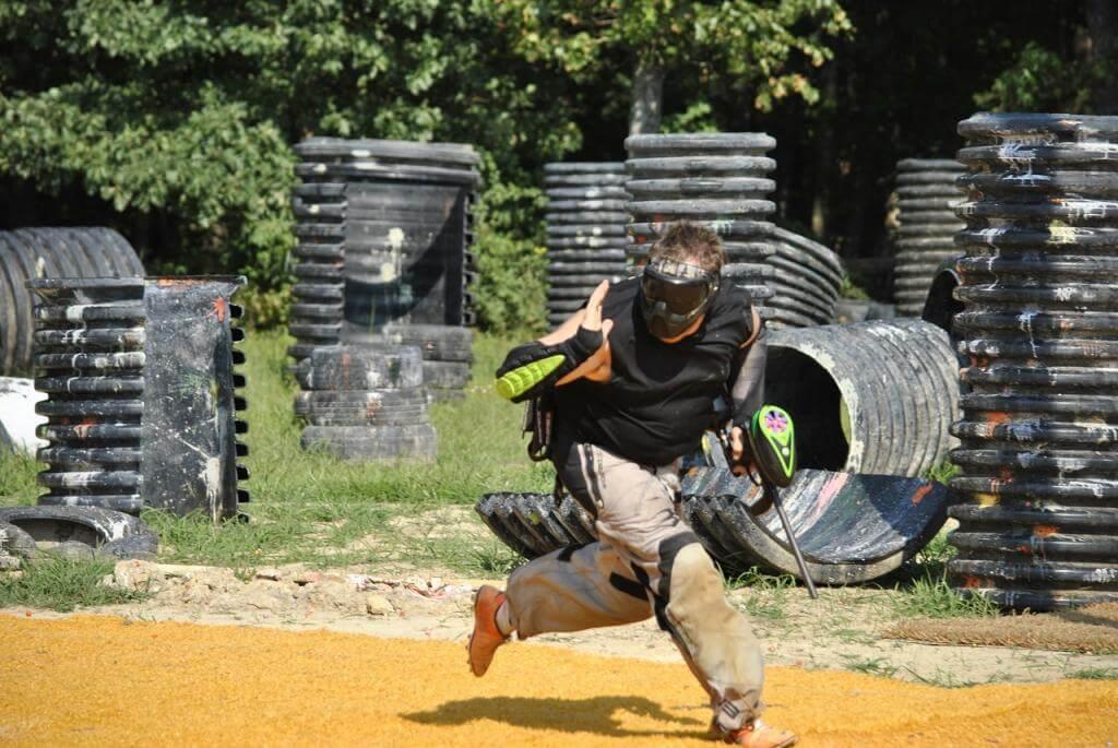 Das Teamspiel Paintball sorgt für einen Adrenalinkick!