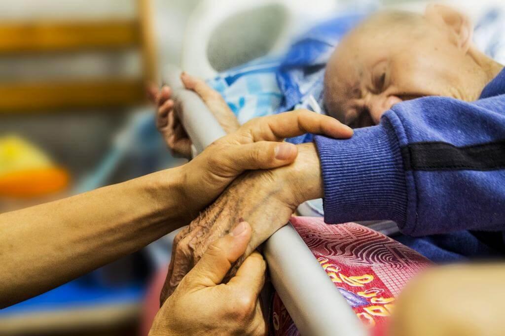 Der Alltag einer Altenpflegerin