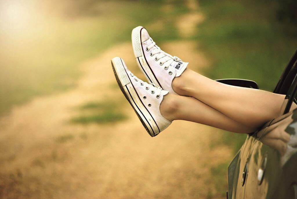 Schuhe außerhalb der Saison kaufen und Geld sparen