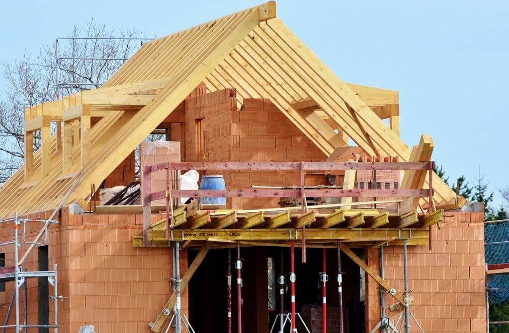 Hausbauen: Massivhaus oder Fertighaus – das Pro und Contra
