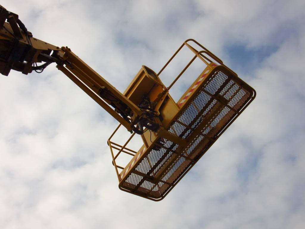 Arbeitsbühnen: Vielseitige Einsatzbereiche für ein sicheres Arbeiten