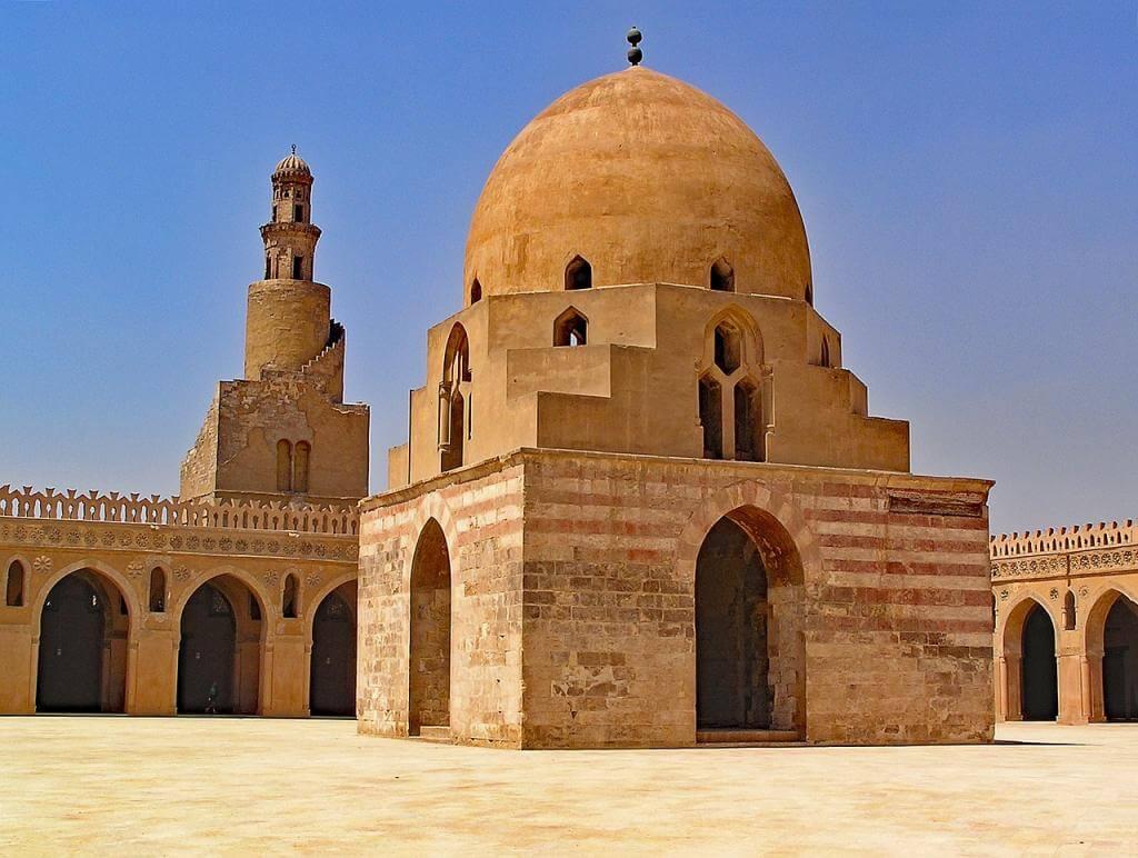 Imposante Moscheen und arabische Bauwerke in der ägyptischen Hauptstadt Kairo entdecken