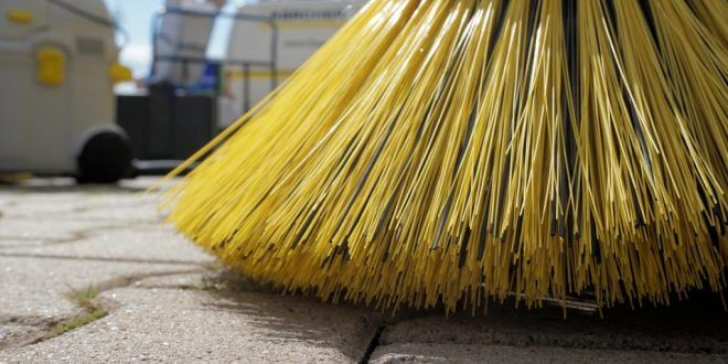 sweeper-1687444