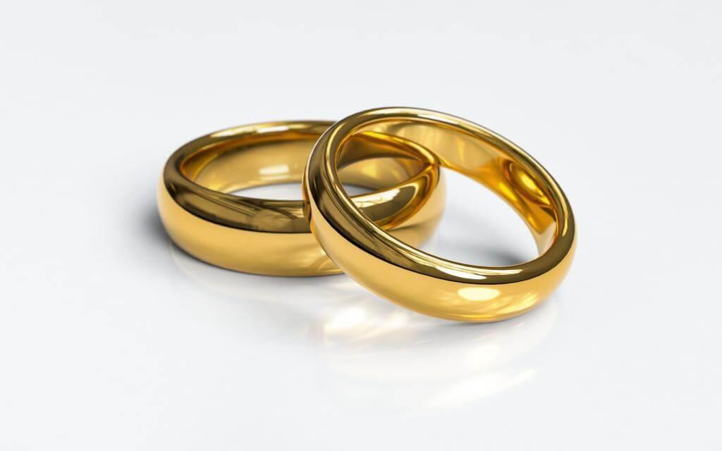 wedding-rings-3611277