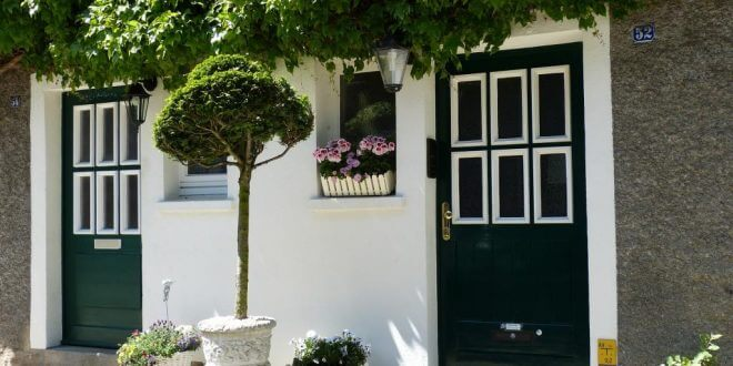 Haustür erneuern: Das sollten Sie beim Kauf einer modernen Eingangstür beachten