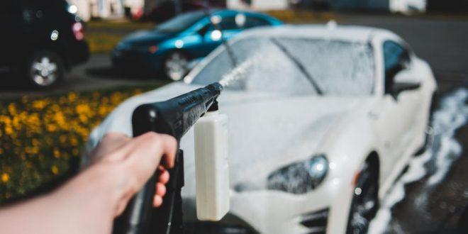 Auto waschen per Hand – so wird's richtig gemacht
