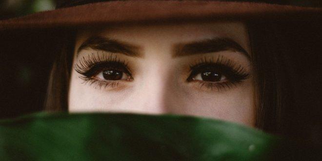 Tolle künstliche Wimpern: So gelingt der perfekte Augenaufschlag auch daheim