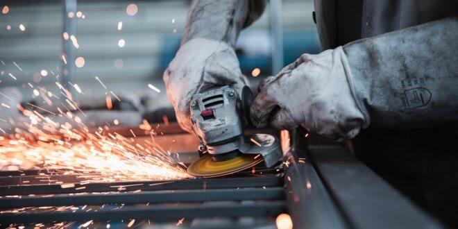 Ausgliederung der Produktion – Vorteile für den Auftraggeber