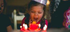 Wie Sie die Geburtstagsparty Ihres Kindes organisieren